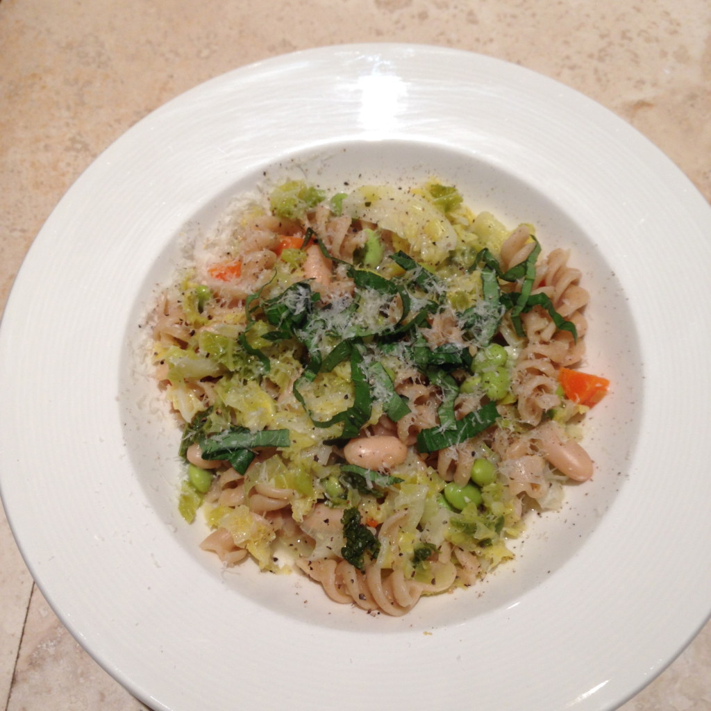 Savoy cabbage with pasta